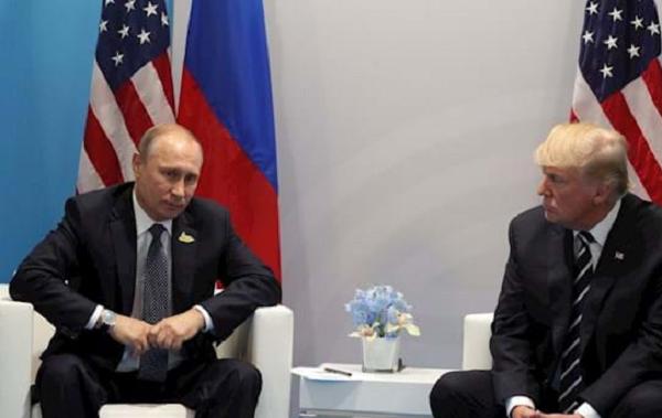 """Путин предлагал Трампу """"нереалистичный"""" план нормализации отношений: в США раскрыли детали"""